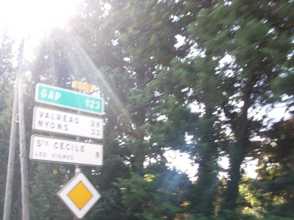 Hier matin direction sainte c cile les vignes 84 - Carrelage icard ste cecile les vignes ...