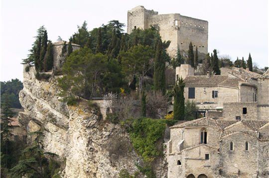 Ville du jour a decouvrir avignon 84 vaucluse france - Office du tourisme de vaison la romaine ...