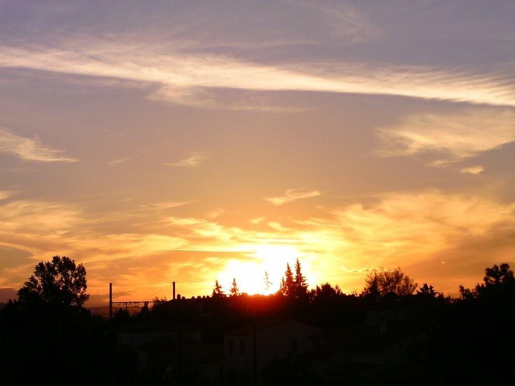 Coucher du soleil vu de ma chambre - Horaire coucher du soleil aujourd hui ...