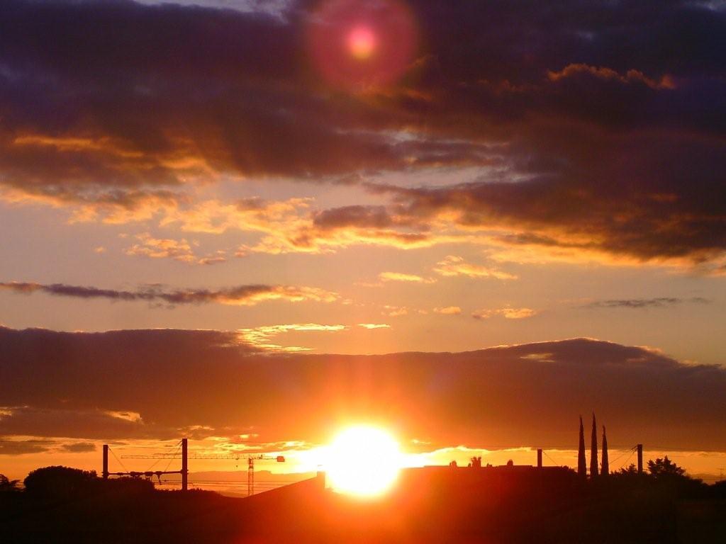 Bienvenue chez nous a orange page 34 - Heure de coucher du soleil aujourd hui ...