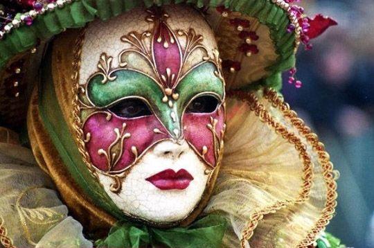 Carnaval de Venise. dans LES MASQUES. yv02h4ac